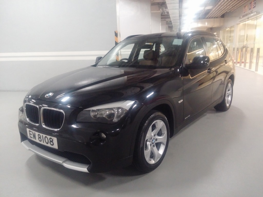 top gear bmw x1 sdrive1 8ia. Black Bedroom Furniture Sets. Home Design Ideas